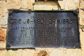 Eric Johnson Gravbrot